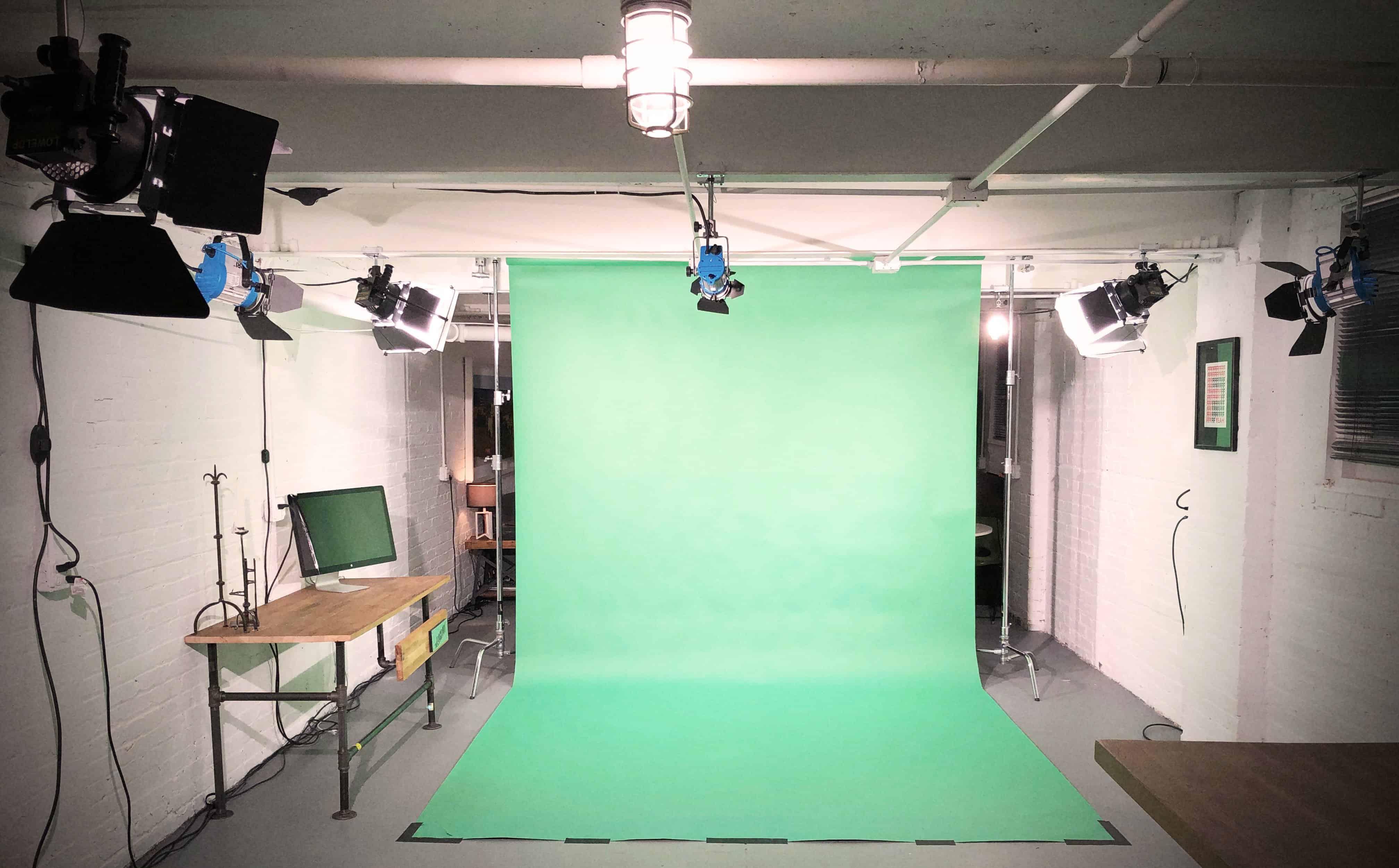 Green Screen in Studio